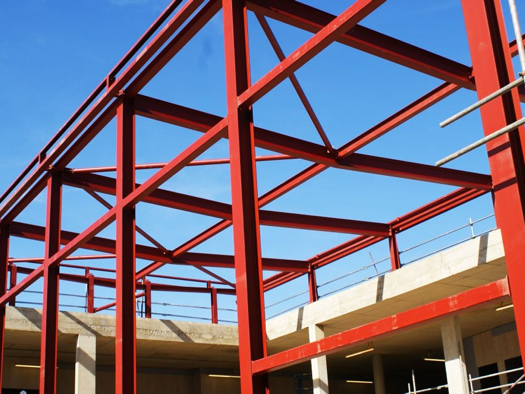 Steel Frame Construction : Why more modern builders are choosing structural steel